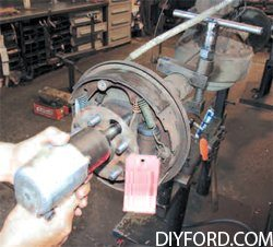 [Mustangs - How to Disassmble the the Rear Axle and Rebuild Assembly] 2