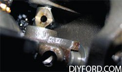 [How to Disassemble the Manual Transmission in a Mustang - Step by Step] 3