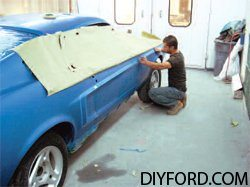 [How to Apply Stripes and Polish Your Mustang - Restoration Guide] 6