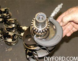 [Mustang Cylinder Block Head Prep and Engine Disassembly] 3