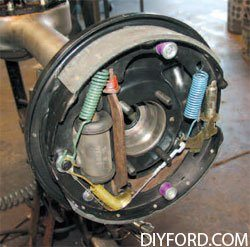 [Mustangs - How to Disassmble the the Rear Axle and Rebuild Assembly] 7