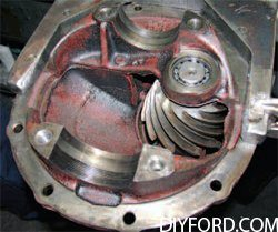 [Mustangs - How to Disassmble the the Rear Axle and Rebuild Assembly] 30