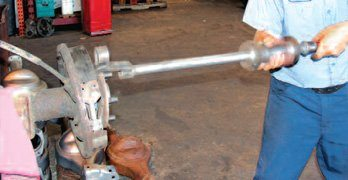 Mustangs – How to Disassmble the the Rear Axle and Rebuild Assembly