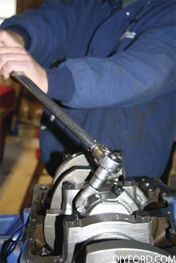 Ford Big Block: Step by Step Rod and Piston Installation Guide 00