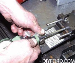 [How to Machine Small-Block Ford Heads: Step by Step]12
