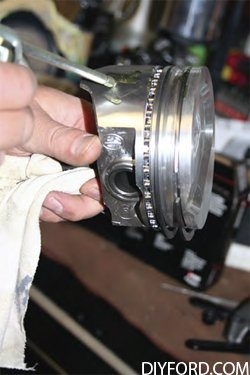 Ford Big Block: Step by Step Rod and Piston Installation Guide 14
