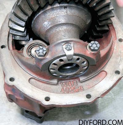 Ford Axle History and Identification: Ford Differentials 16