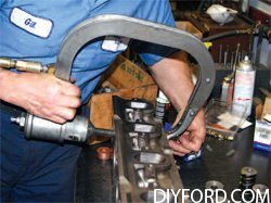 Ford Big-Block Guide: How to Refurbish the Cylinder Heads Step by Step 17