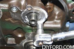 How to Install the Camshaft in Your Ford Big Block Engine 2