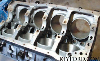 Oiling System Interchange for Small-Block Ford Engines 11