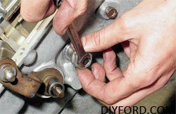 How to Build a Ford C6 Select Shift Transmission: Step by Step 13