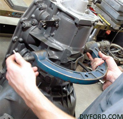How to Start a Ford Transmission Rebuild Project: C4 and C6 28