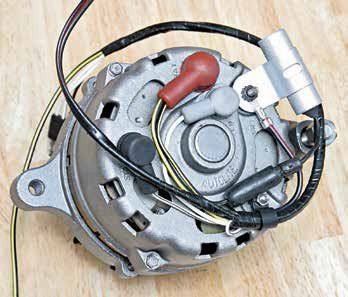 The back of the 1G alternator remained the same throughout its 17-year production life. Aside from variations in the alternator wiring harness, slight production variations were consistent. Expect to see cases with and without the Autolite and Motorcraft names.