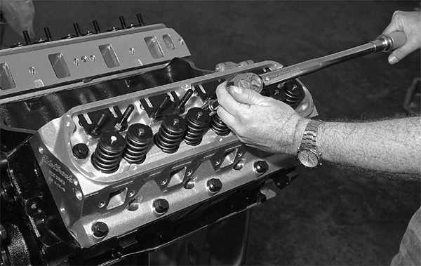 Heads are torqued next, per the instructions provided by Edelbrock. ARP bolts are being used in this application.