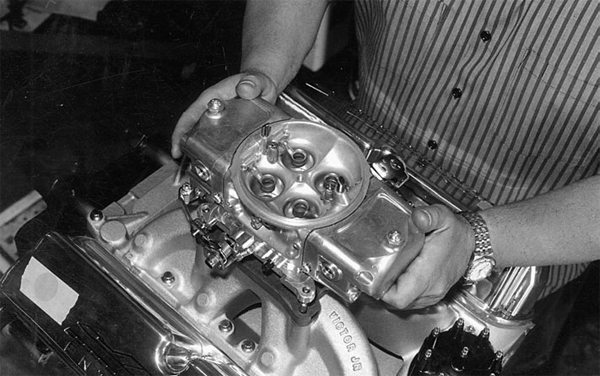 This is the Race Demon carburetor from Barry Grant. Available in sizes ranging from 650 to 850 cfm, the Race Demon offers outstanding performance and is easy to tune.