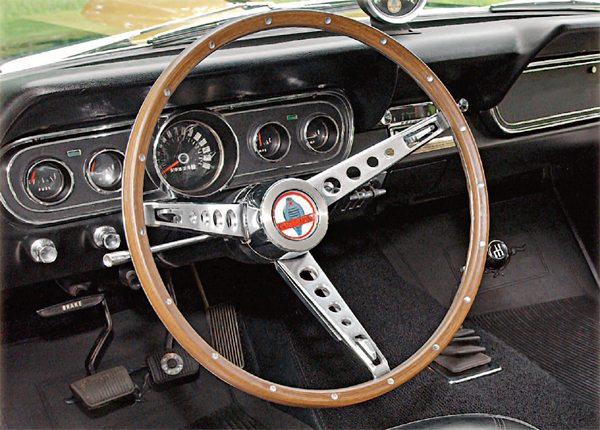 The original plan was for the simulated wood wheel to be used on an interim basis until a suitable real wood one could be located, at which time, production would change over to the wood wheel. A suitable real wood wheel, however, never was located, so the simulated wood wheel was used for the entire 1966 GT350 production run.