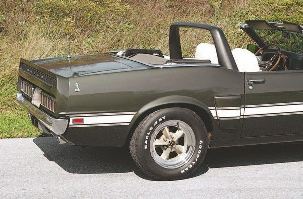 CT507_FULLBOOK_ShelbyMustangGuide_Page_168_Image_0003