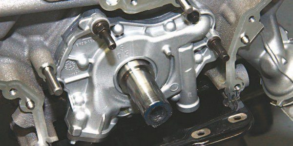 The standard 5.0L Coyote oil pump requires no modifications for street and weekend racing duty. It is a durable pump with tried and proven technology borrowed from the 4.6L/5.4L Modular program. There is no standard or high-volume Coyote oil pump. This is a high-volume pump from the get-go. One pump. Lots of volume. What you want to remember most is to mount this pump properly during installation. You want it centered on the crankshaft with no side loading. The pump hub should turn freely and smoothly.