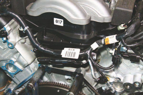 What makes the 2011–2014 intake manifold different from 2015–up is the absence of CMCV and vacuum actuators. This makes the 2011–2014 manifold simple in scope and function compared to 2015–up.