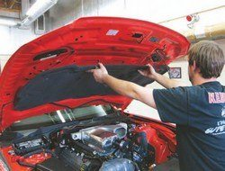 SA380_FULLBOOK_FordCoyote_Page_084_Image_0002