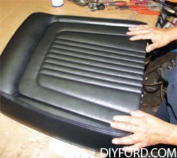 [Mustang Restoration Seat Reupholstery Guide - Step by Step] 33