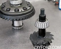 Ford 9 Inch Differential Guide: Third-Member Assembly 012