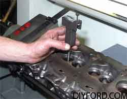 [How to Machine Small-Block Ford Heads: Step by Step]019
