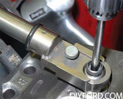 [How to Machine Small-Block Ford Heads: Step by Step]05