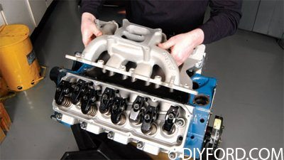 How to Build a 500 Horsepower Ford 351 Cleveland Engine 10