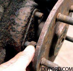 How to Disassemble Ford 9 Inch Axles: Brake Drum and Axle Shafts 2