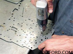 How to Install Shift Kits for Ford C6 Transmissions: Step by Step 6
