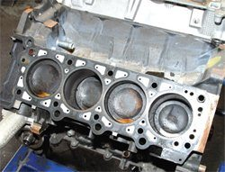 How to Disassemble Ford 4 6L & 5 4L Engines - Step-by-Step