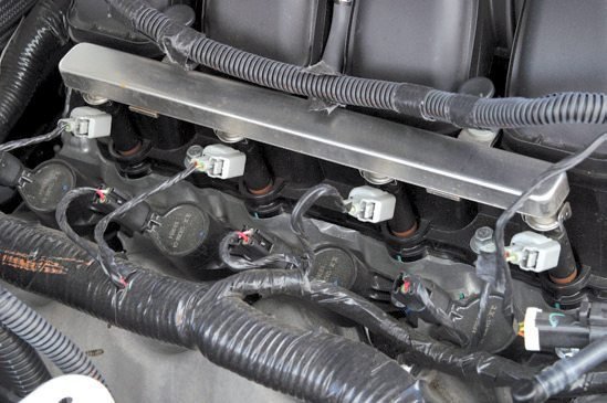 The three-valve Modular V-8 has coilon-plug ignition (no spark plug wires) and narrow pencillike (EV6/USCAR) injectors.