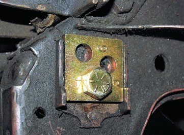 Eliminating compliance and flexing of the lower arm is of little benefit if the arm is not kept in proper alignment/ adjustment. The stock eccentric adjusters can loosen and/or shift under hard use, thus causing the alignment to be out of spec. Replacing them with thicker, square lockout plates eliminates this possibility because they are held firmly in place yet still allow for a wide range of adjustment (in six steps versus continuously).