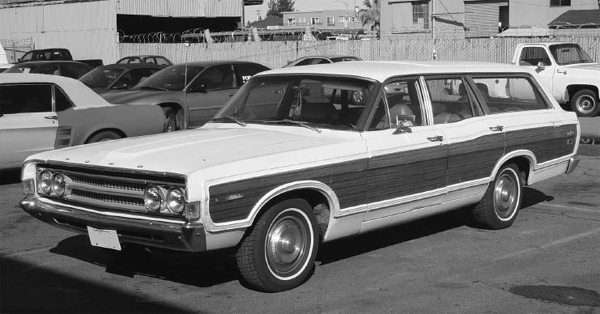 This wagon seems to be a good car to explain pillar designations. The first pillar at the windshield is the A-pillar. The next one behind the front door is the B-pillar. The next pillar is the C-pillar, and so on.