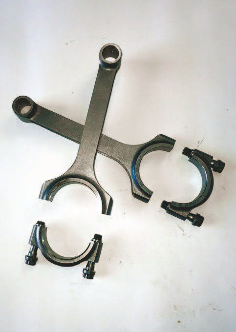 Scat H-beam high-tensile chrome-moly connecting rods with 2-inch crank journals match the old offset-ground crank.