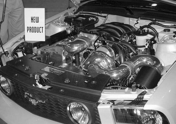 Paxton's new reverse-rotation (RR) Novi 1200-based street blower kit for the allnew 4.6L 3-valve 2005 Mustang GTs received rave reviews when it debuted. This kit is reported to deliver up to 50 percent more horsepower operating at 8- to 9-psi non-cooled.