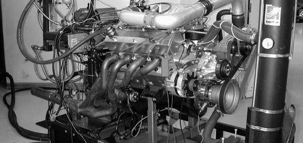 55. The aspirated version of our 408 stroker roars to life. With 20-degrees advance in the ignition and 100-octane Rockett Brand unleaded race gas in the tank, our big, bad, blown Ford cranked out 707 hp at 5,300 rpm and 755.1 ft-lbs of torque at 4,300 rpm at 12.3 lbs boost!